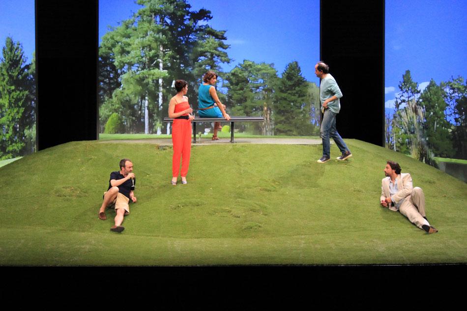 un_petit_jeu_sans_consequence_roy_chollat_theatre_de_paris_04